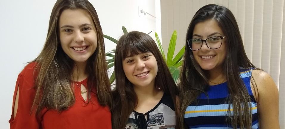 Maria Eduarda foi classificada em 1º lugar, Maria Gabriela em 70º e Maria Fernanda em 78º