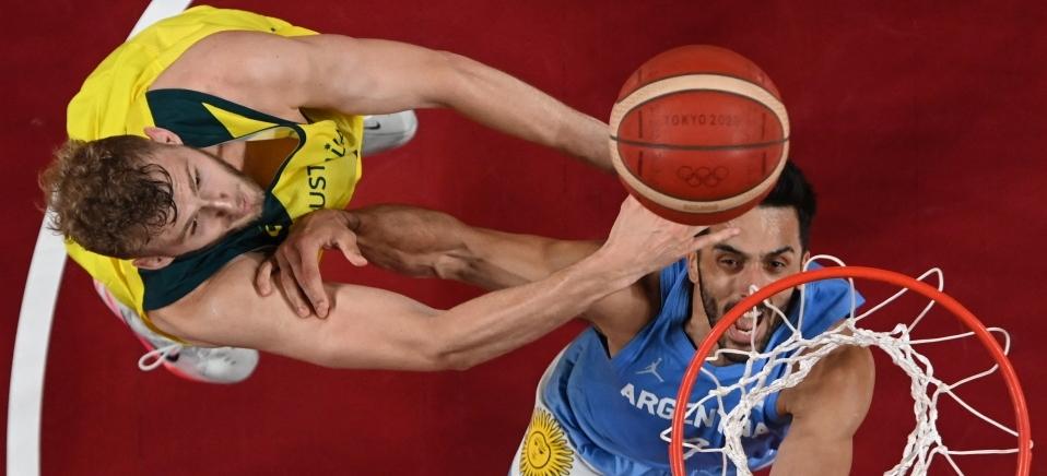 Aris MESSINIS / POOL / AFP