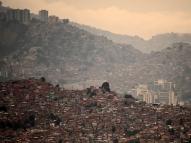 Ao menos 23 detentos morrem em rebelião na Venezuela