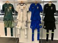 Brasil irá jogar todo de azul contra a Rússia