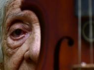 Elza Barros: conheça a fundadora da serenata de Olinda