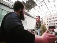 Russia promove nova modalidade e torneio de tapa no rosto