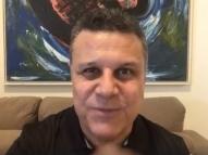 Téo José é emprestado ao SBT para narrar final do Carioca