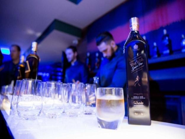 Jhonnie Walker lança série de whiskies