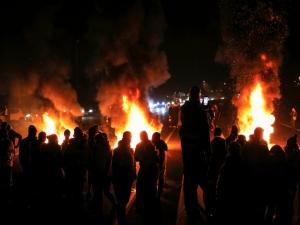 Protestos na França deixam mais de 400 feridos