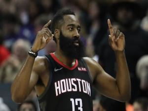 Harden comanda Rockets em virada sobre os Spurs