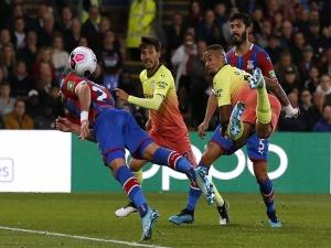 Com 50º gol de Gabriel Jesus, Manchester City vence jogo