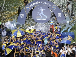 Boca derrota o Banfield e vence a Copa Diego Maradona