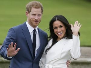Príncipe Harry e Meghan revelam que terão uma menina