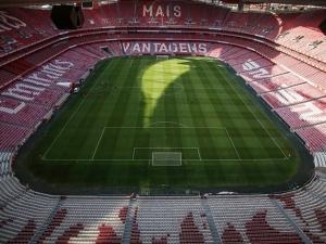 Uefa confirma fase final da Champions com portões fechados