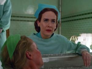 Sarah Paulson vive enfermeira Ratched em série da Netflix