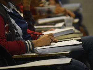 Sintepe repudia anúncio do retorno às aulas presenciais