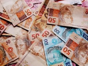 MP federal destina R$ 34 bi para financiar salários