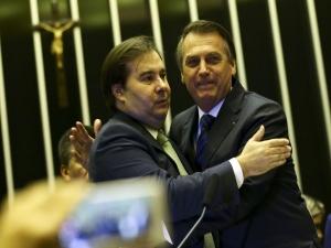 Maia se reuniu com Bolsonaro após críticas ao Simples