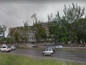 UFPE condenada por compressa achada em mulher após cesárea