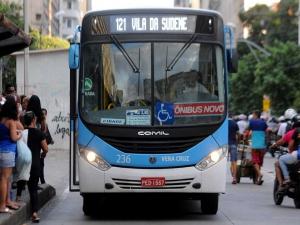 Até as 17h, apenas 30% da frota de ônibus no Grande Recife