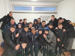 Equipe sub-16 do Hertha Berlim abandona jogo após racismo
