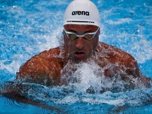 Felipe Lima garante vaga na semifinal dos 100 metros peito