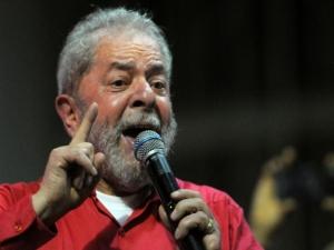 Triplex: Lula entra com recursos em instâncias superiores