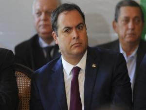 """""""Nossa economia segue crescendo"""", diz governador"""