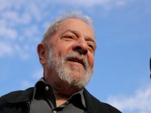 Abaixo-assinado para indicar Lula ao Nobel está aumentando