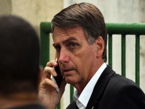 Bolsonaro chega ao Nordeste e reúne governadores no Recife