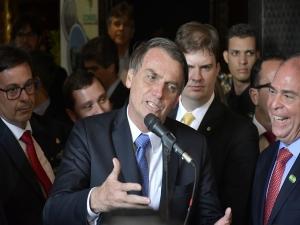 Passar fome no Brasil é uma grande mentira, diz Bolsonaro