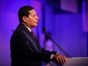 Relação do governo com STF é boa, diz Mourão