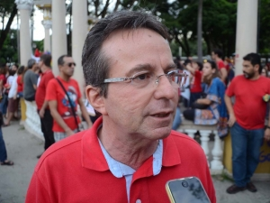 João da Costa é contra o retorno das aulas presenciais