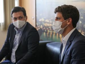 Campos evita compromisso com habitacional de Tabaiares