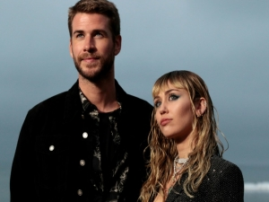 Miley Cyrus nega traição a Liam Hemsworth