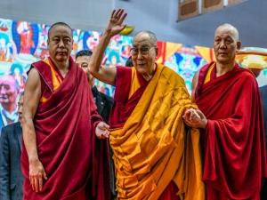 Exilado,Dalai Lama completa 80 anos como líder espiritual