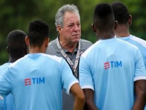 Abel Braga critica comentário de técnico do Sporting