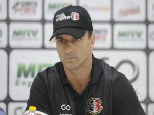 Já no Recife, Júnior Rocha fala de 'desafio' com o Santa