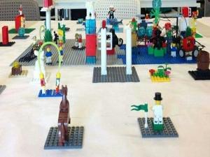 Peças do Lego ajudam microempreendedores em curso