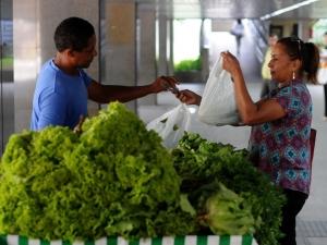 Compre do Bairro: movimento quer qualificar varejistas