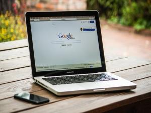 Lara: Google abre inscrições para programa de bolsas