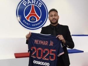 Lista dos atletas mais bem pagos do mundo tem Neymar em 6°