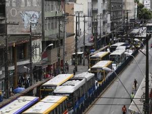 Governo de Pernambuco quer aumentar tarifa de ônibus em 7%