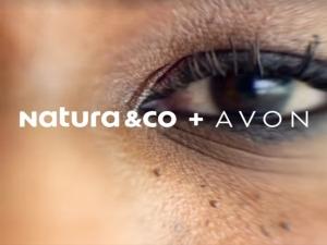 Natura compra Avon e espera faturamento de US$ 10 bilhões