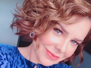 Fernanda Souza confirma presença em show de Thiaguinho