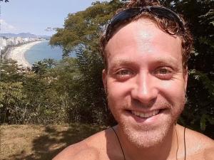 Sérgio Hondjakoff, ex-Malhação, nega cárcere em clínica