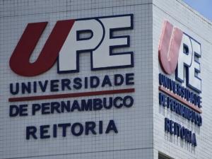 UPE repudia ataque cibernético racista durante evento