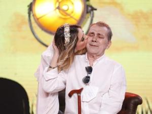 Virgínia Fonseca pede oração pelo pai que está intubado