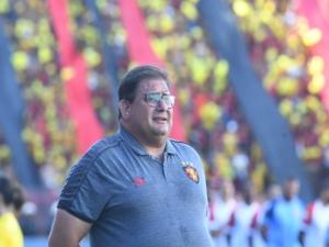 Guto Ferreira fala em